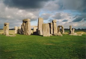 stonehenge_back_wide