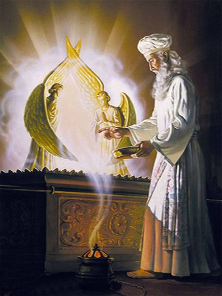 ark_of_covenant_high_priest